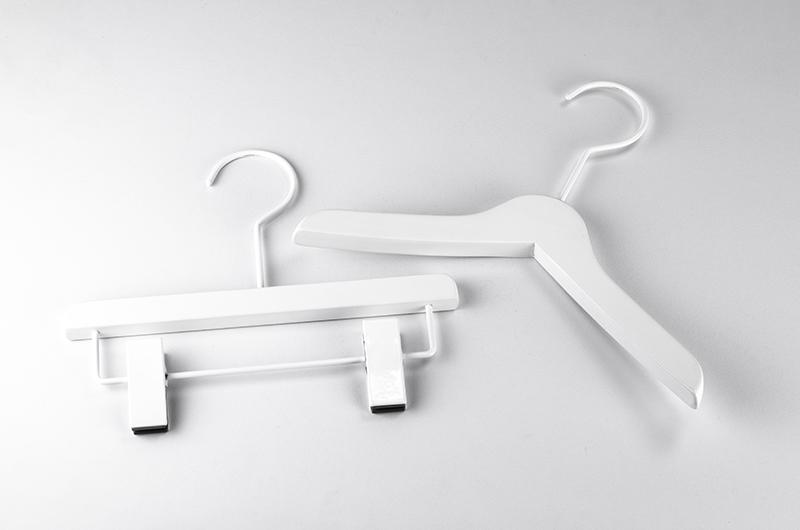XZ008 / キッズ用ホワイトハンガー